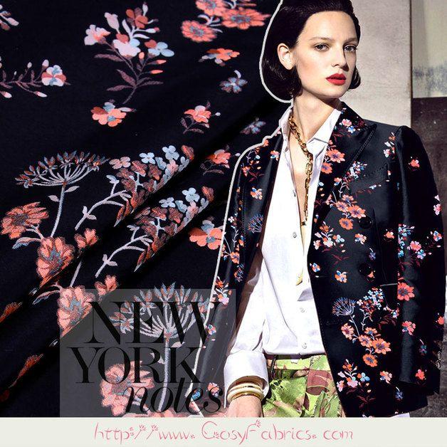 Stoff Blumen - Schwarz,Stoff Blumen,Modestoffe,Designerstoffe,1m - ein Designerstück von FabricMade bei DaWanda