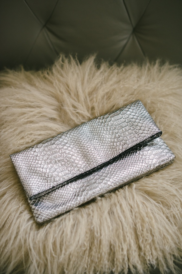 Juicy Couture Jade Clutch #glitterinjuicy #givemewhatIwant (Photo by Delbarr Moradi Photography / delbarrmoradi.com)