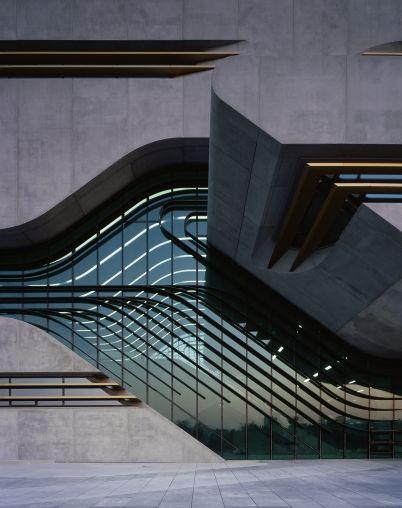 Zaha Hadid / Architects / Photography / Hélène Binet