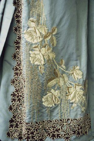 Dress (image 2) | Mme Chamas | France; Paris | 1890-1892 | silk faille, velvet | Kent State University Museum | Object #: 1983.001.0178 ab