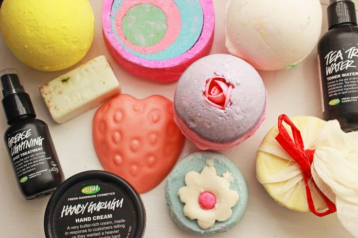 Its no secret that Im a HUGE Lush fan, so couldnt resist picking up a few new bits and old...