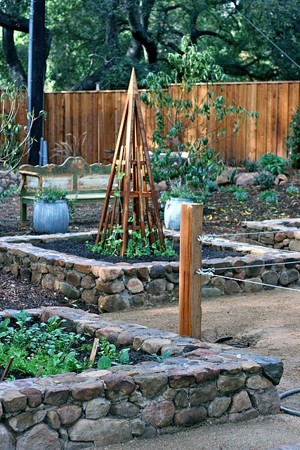 stone bordered + raised beds.: Gardens Beds, Country Houses, Garden Design, Stones Wall, Stones Raised Beds, Flower Beds, Design Elements, Gardens Design, Rai Beds