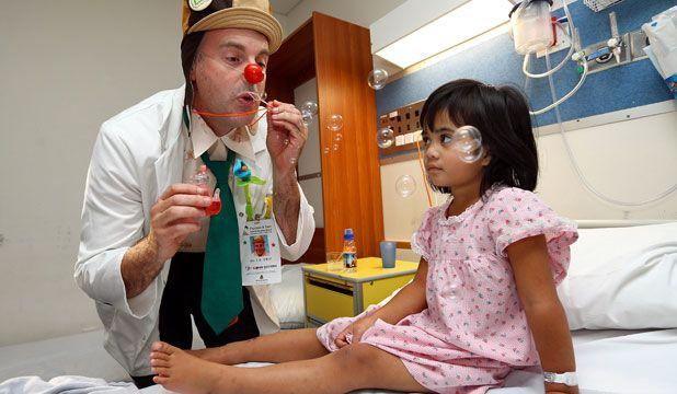 Clown doctor Jeremy Nelson Dispensing laughter - the best medicine
