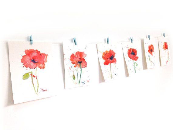 Drucken von einem original Aquarell von mir. Das ursprüngliche Bild zeigt eine Rote Mohn Blume in voller Blüte und eine grüne Knospe. Der Druck ist wirklich wunderschön in Person, und die Farben sind so lebendig und schön.  Expressionistische und modern in kräftigen Farben, dieses schöne Kunstwerk sicherlich erhellen Ihre Wände und eine perfekte Ergänzung für Ihr Haus, Schlafzimmer oder Büro!  • Den Druck misst 4 x 6 Zoll/10 cm x 15 cm • Der Druck signiert und betitelt in den Rücken. • D...