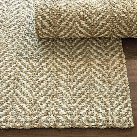 neutral rug- doesn't look like it'd show too much