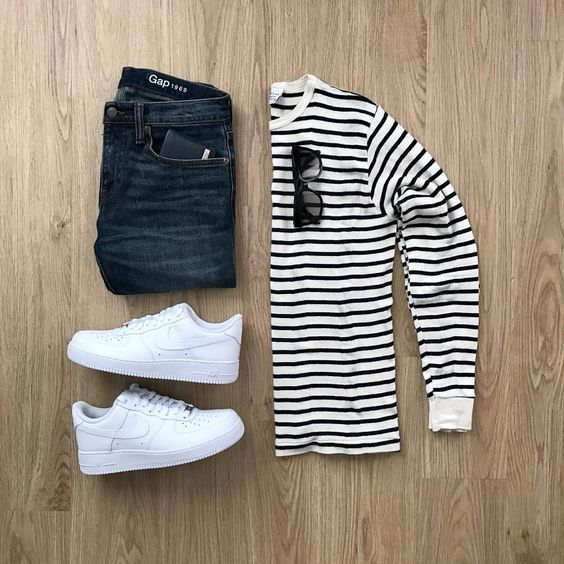 Nike Air Force 1. Macho Moda - Blog de Moda Masculina: NIKE AIR FORCE 1: Dicas de Looks Masculinos pra Inspirar, Moda Masculina, Roupa de Homem, Sneakers, Tênis Nike Air Force 1, Camiseta Listrada Manga Longa, Calça jeans, Nike Air Force 1 Low Branco