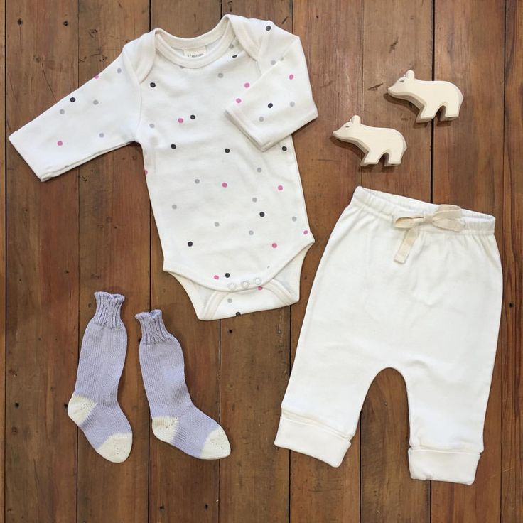 "Nature Baby on Instagram: ""A little Snowball outfit for your Tuesday x #snowballprint #naturebabyaw16 #natural #organic #polarbear #babyoutfit #babyfashion #flatlay #organiccotton"""