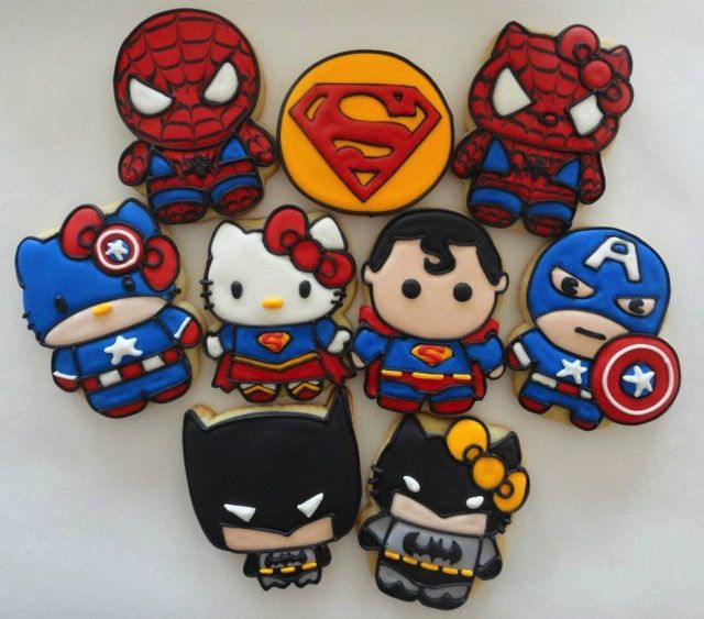 Superheroes & Hello Kitty cookies // Galletas de superheroes y Hello Kitty