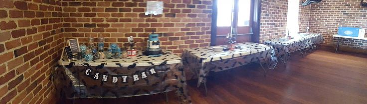 Candy bar/dessert table/drinks station