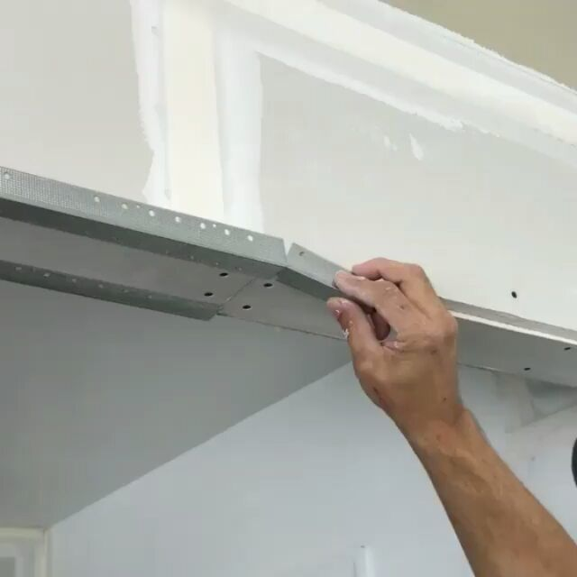 Jlconlinethanks To Drywallnation For This Great Tip From Tkdrywall When Butting Up Metal Corner Bead He Used A 3 Piece Of Bead To Bridge The Gap This Not