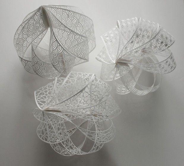 Christine - Sphères en papier dentelé