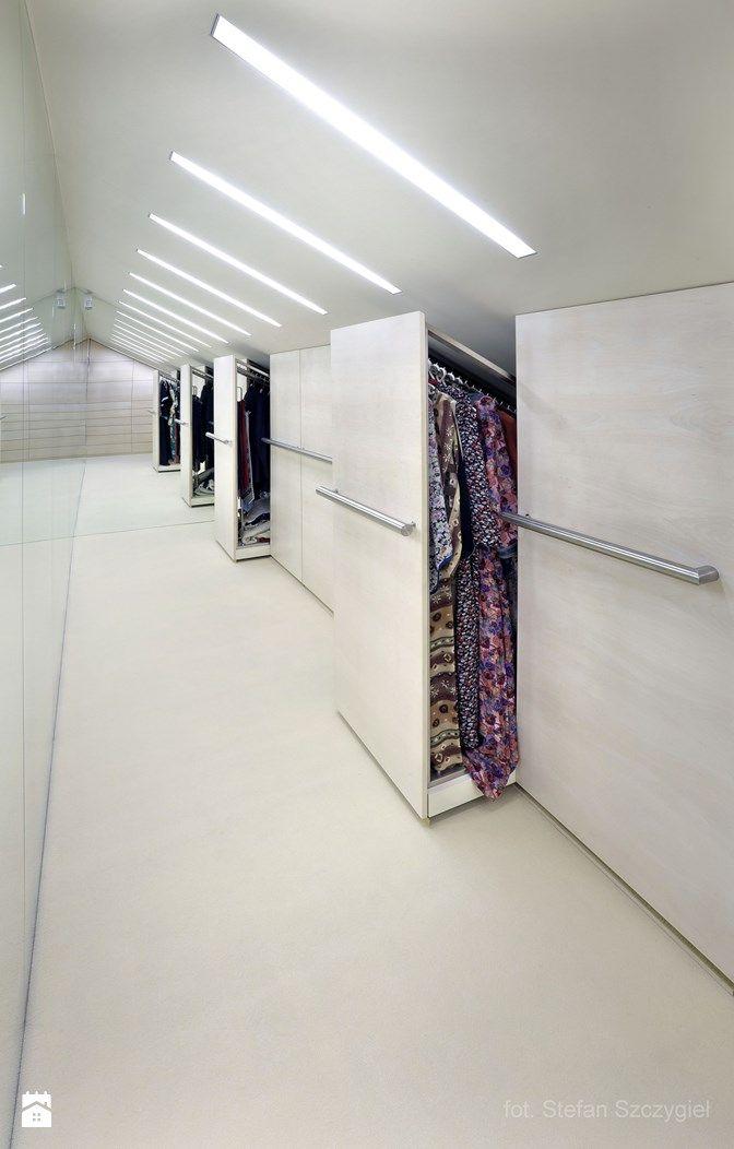 garderoba - szafy w skosie dachu - zdjęcie od Metropolis2 - Metropolis2