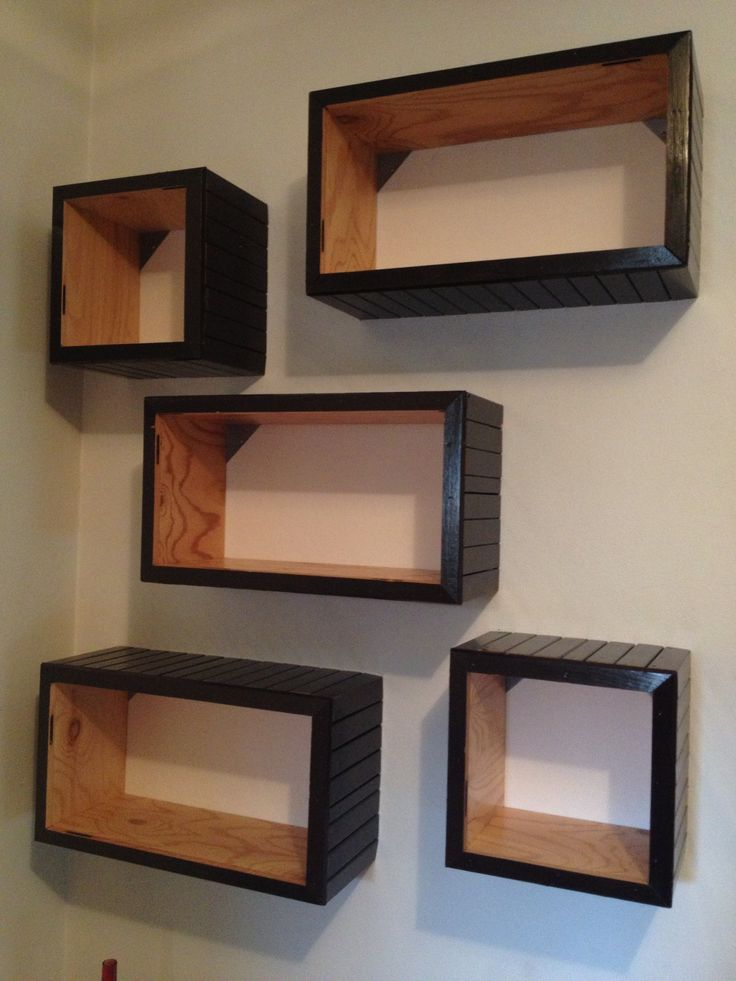 Plywood/roll up shutter bookcase  #plywood #furniture #bookcase #reclaimed #rollupshutter #recycle #riciclo #arredamento #cube #cubi #libreria #handmade
