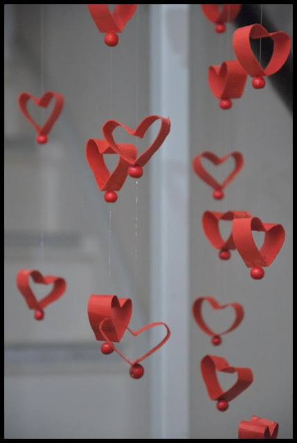 Heart mobile/garland from toilet tissue rolls.