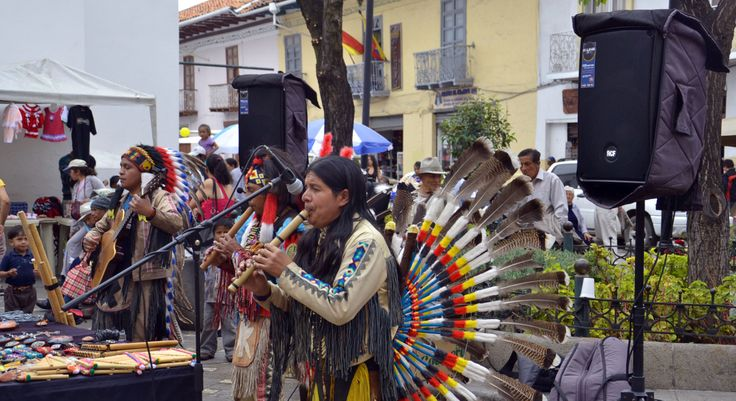 Traditional music at the 193rd Cuenca Independence Day ...
