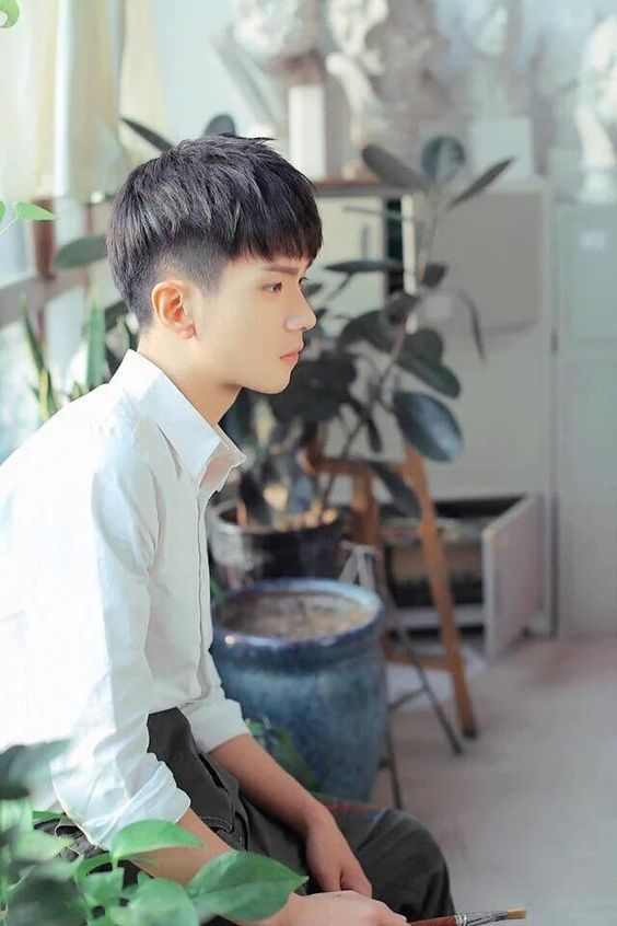 Side Tapper Fade Korean Boys Haircuts In 2019 Haircuts For Men