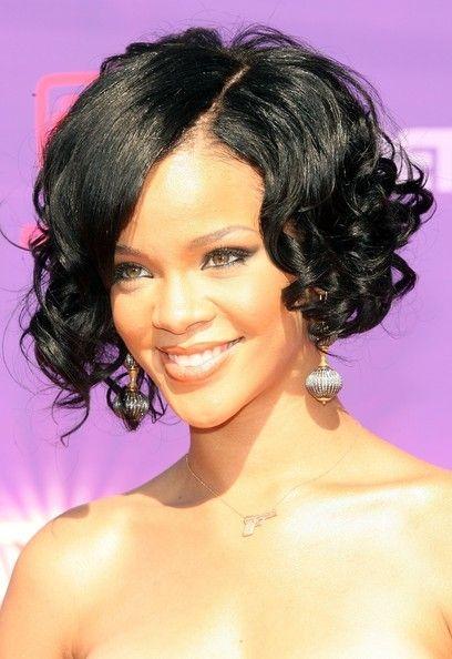 a line hair styles - Rihanna
