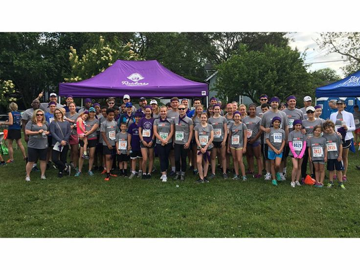 North Shore Country Day School Participates In Race Against Hate