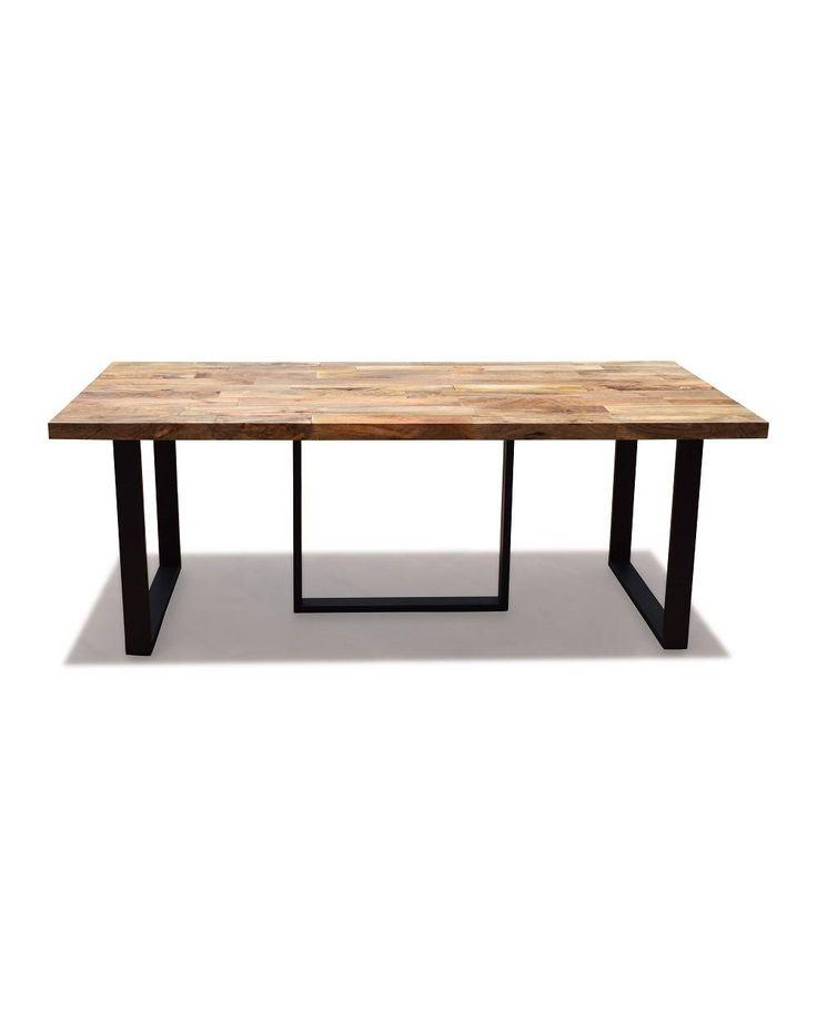 Naturtræs Spisebord med plads til 6 - 8 Personer