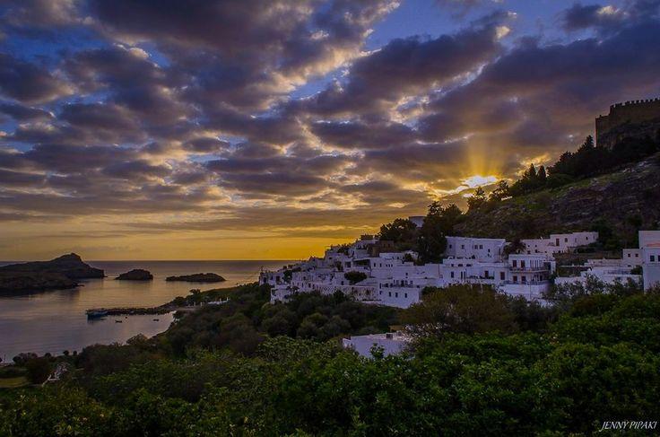 Sunrise Lindos ....