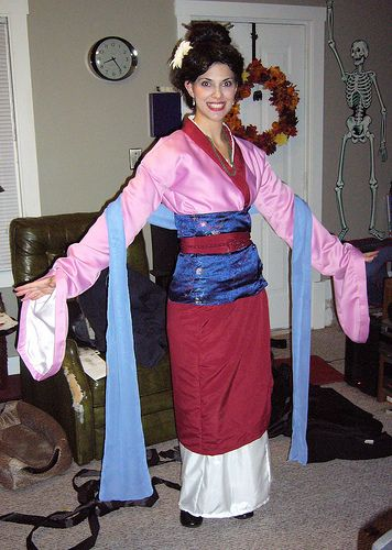 My mulan costume my cosplay and costumes pinterest costumes handmade mulan costume solutioingenieria Image collections