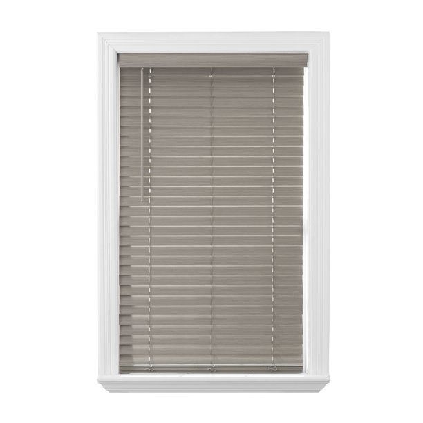 Home Decorators Collection White Cordless 2 1 2 In Premium Faux Wood Blind 53 In W X 48 In L Actual 52 5 In W X 48 In L 10793478375004 The Home Depot