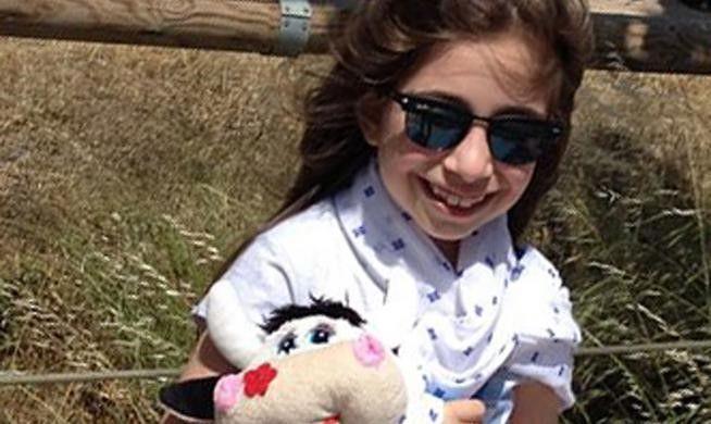 Агапи всего 7,5 лет и она знает английский, русский, французский, турецкий, немецкий, итальянский и испанский языки и хочет изучать болгарский, португальский и шведский. Вундеркинд Агапи  Патеропулу  в английском и французском языках имеет степени Proficiency и  DalfA1 соответственно.