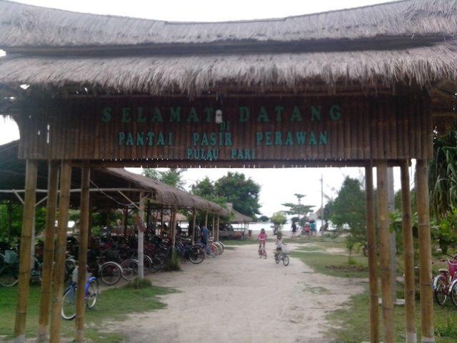Agen Wisata Pulau Pari Murah Dan Berkualitas - Kami (Vicky Travel ) merupakan Agen Wisata Pulau Pari Murah yang sudah dipercaya oleh banyak klien sejak bertahun-tahun lamanya. Kami mengutamakan kepuasan pelanggan agar liburan mereka menjadi berkesan dan tak sungkan untuk menghubungi kami kembali jika mereka ingin berlibur ke pulau Pari . Pulau Pari merupakan salah satu objek wisata yang berada dekat dengan Ibukota Jakarta, yang hanya berjarak sekitar 2 jam perjalanan dari Jakarta menuju…