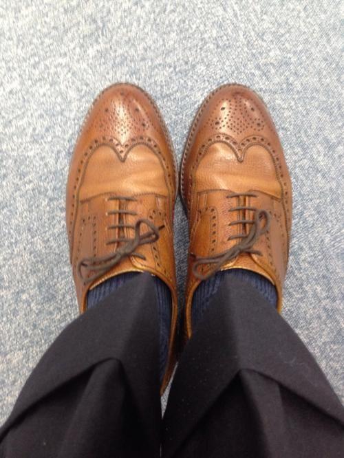 <今日の1足>クロケット&ジョーンズ PEMBROKE モダンなスタイルをイメージするクロケット&ジョーンズにあって、正統派の英国スタイルである 「PEMBROKE」。シンプルなスタイルに合いそうですね。  http://doublesole.com/shoes/473 #クロケット&ジョーンズ