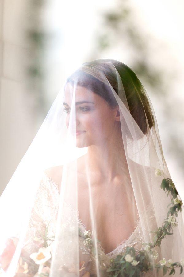 Stunning Vintage Bride in a Drop Veil | Mylyn Wood Photography | heyweddinglady.co...