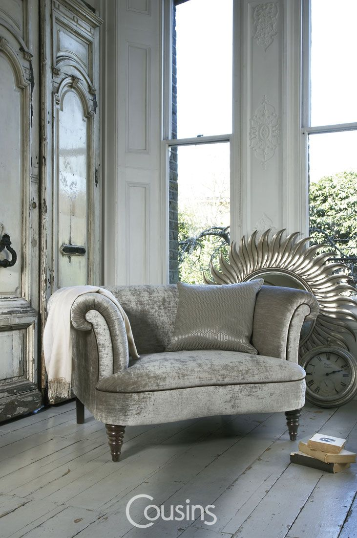 A traditionally designed range of sofas for that classic drawing room look with an added contemporary appeal