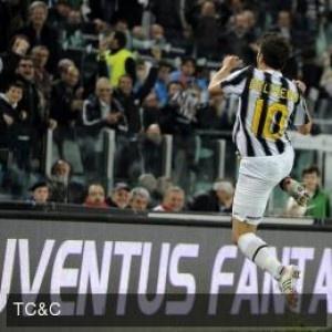 Celebración de PINTURICCHIO gol al Inter (eterno rival)