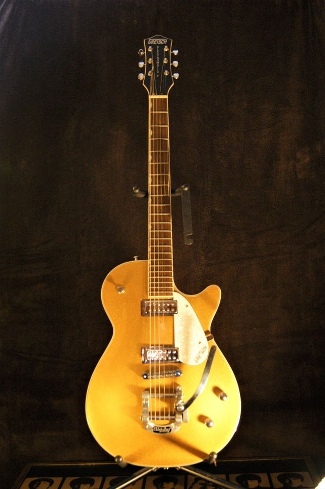 Gretsch Gold Sparkle Electromatic Guitar With Bigsby Whammy Bar