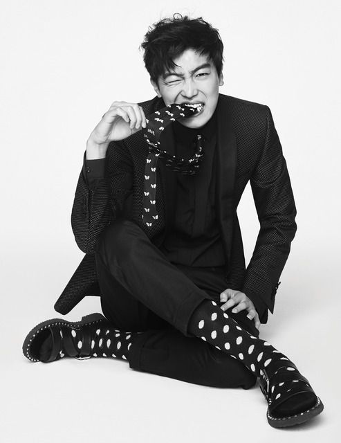 Yeon Woo Jin And Park Hye Soo For February Harper's Bazaar | Couch Kimchi