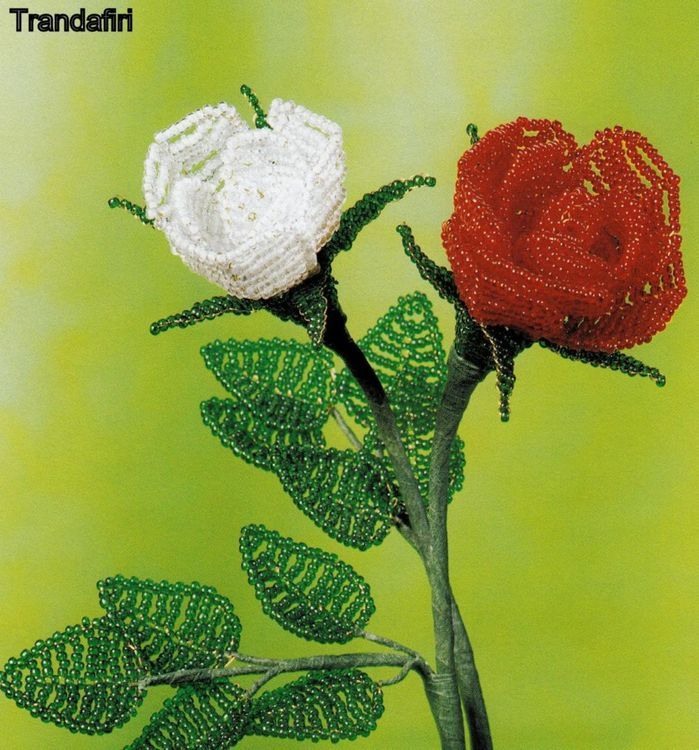 Flori decorative din margele II - Trandafiri