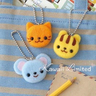 Hamanaka Needle Felting Kit - Mouse, Cat, Squirrel Charm Chain