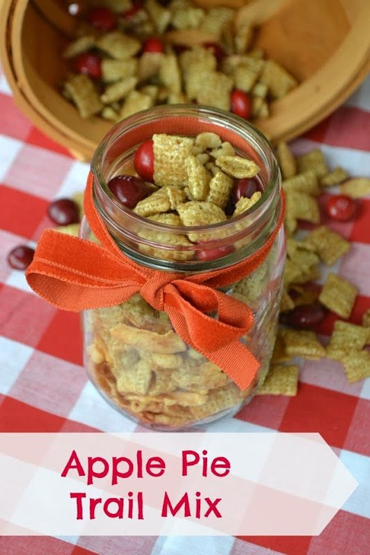 Apple Pie Trail Mix with Candy Apple M&M's! My kids have been begging for this in their lunch boxes. #FlavorofFall #shop