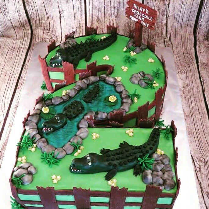 Crocodile themed cake