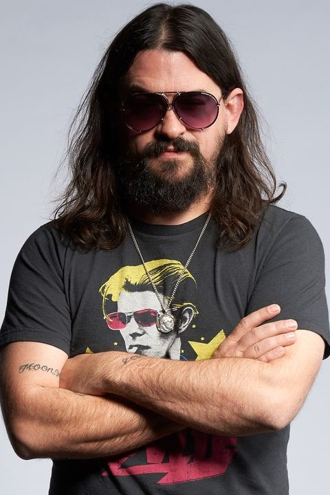 Shooter Jennings Readies 'Black Ribbons' for Election Day Re-Release....   Prescient concept album depicting a corrupt government casts Stephen King as a rogue DJ