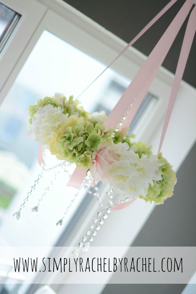 DIY Floral Wreath Chandelier tutORIAL....PERFECT FOR A MOBLIE :)