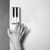 Replace Your Boring Doorbell with the Pianobell. No way!! I'll take one :)