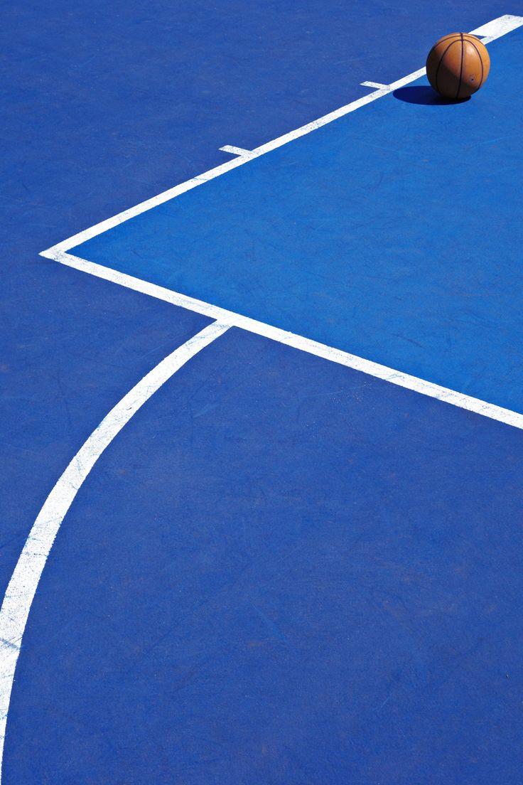 Avec le sport, gardez la ligne... / Photo by Fabrizio Raschetti.