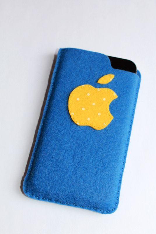 """Чехол для телефона из фетра """"Apple"""" в каталоге Разное на Uniqhand"""