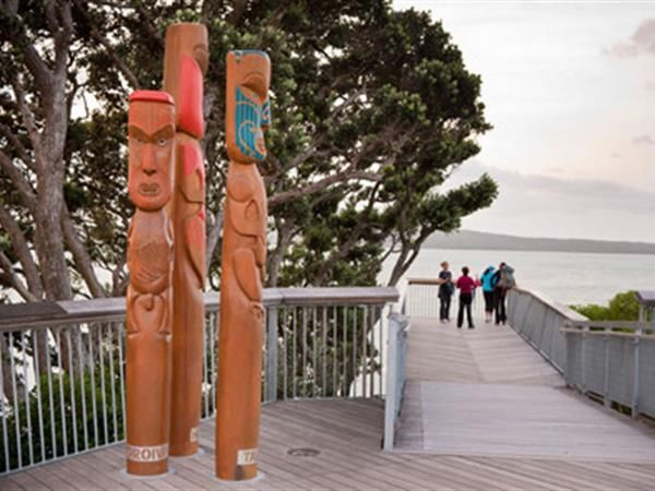 AUCKLAND MAORI TOURS - FULL DAY. Discover Auckland through the eyes of a local Maori guide. Experience the very best sights of Auckland and the beautiful West Coast of Auckland. TIME Unlimited Tours.