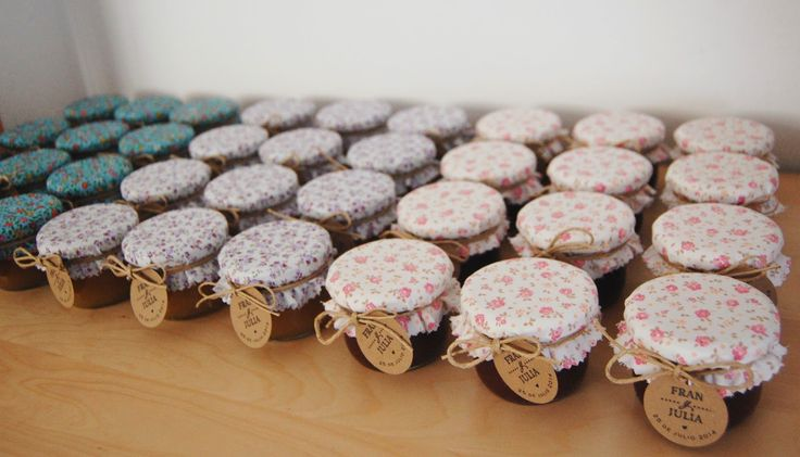 Decorated jams for weddings by Susie creativa