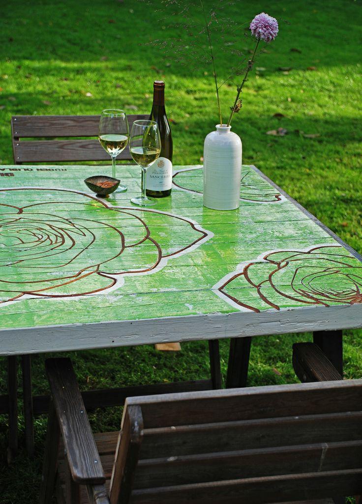 Gefreesde tafel roos groen.