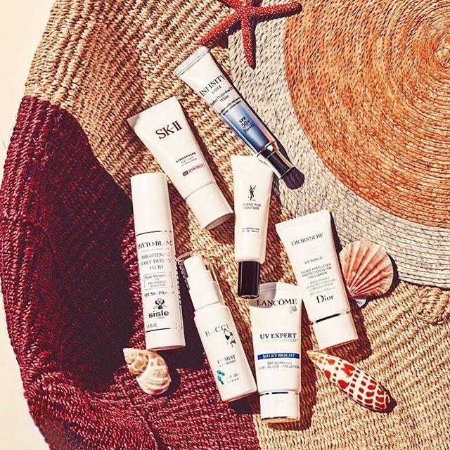#ELLEbeauty ぽかぽか陽気の春アウトドアで遊びたい人必見 #エル月号 では太陽を浴びても美肌をキープできるとっておきのスキンケア術をご紹介紫外線が強くなる3月から8月カレンダーにそったスキンケアプランで肌を守って #ellejapan #elleonline #sunprotect  via ELLE JAPAN MAGAZINE OFFICIAL INSTAGRAM - Fashion Campaigns  Haute Couture  Advertising  Editorial Photography  Magazine Cover Designs  Supermodels  Runway Models