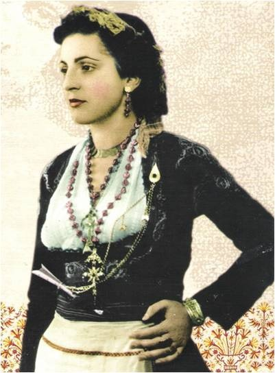www.villsethnoatlas.wordpress.com (Grecy, Greeks) Cretan woman - Greek costume