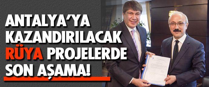 Antalya Büyükşehir Belediyesi'nin Raylı Sistem 3'ncü Etabı ve Kurvaziyer Liman projelerine Ulaştırma Bakanlığı Altyapı Genel Müdürlüğü'nce gerekli izinler verildi. Projeler bir sonraki aşamada Kalkınma Bakanlığı Yüksek Planlama Kurulu onayına sunuldu.