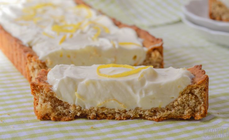 Lemon Curd and Cream Cheese filling on the easiest and whole wheat tart dough!